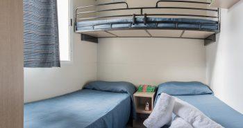cameretta con 2 o 3 letti casa mobile marina - b&b sul mare sicilia- sporting club village mazara del vallo