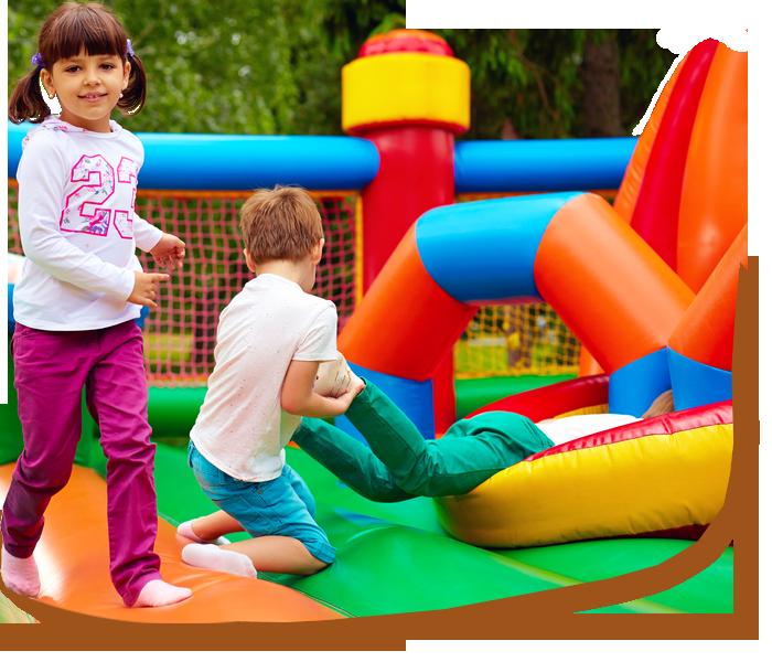 Parco giochi per bambini con gonfiabili - Camping casa vacanze bnb Sporting Club Village Mazara del Vallo